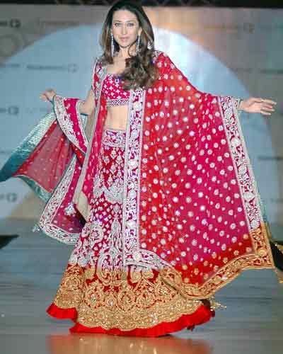 designs of kurtis by manish malhotra. Manish Malhotra needs no