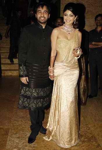Twinkle Khanna Engagement Ring