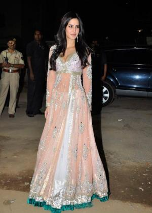 Long  Dress on 56th Filmfare Awards     Red Carpet Review
