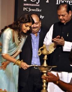 India International Jewellery Week [IIJW] - Day 1