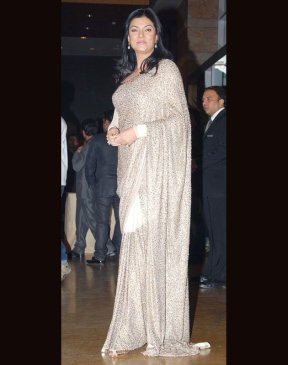 Aishwarya Rai Bachchan « Indian Fashion Police