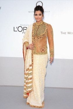 Posted by Indian Fashion Police on May 25, 2012