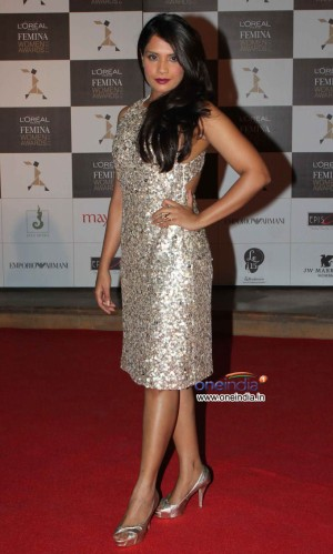 richa chadda wore golden shimmer vizyon outfit paired with matching ...