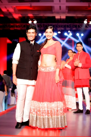 Manish Malhotra & Sonam Kapoor