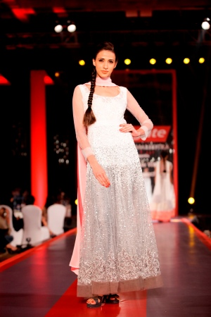Model in Manish Malhotra's Visible White Collection1