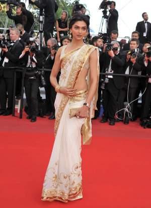 Cannes-DeepikaW2