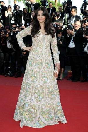 Cannes13-Aishwarya4