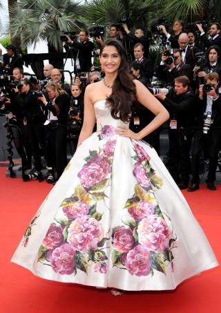 Cannes13-Sonam3
